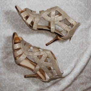 Never worn before Gold heels
